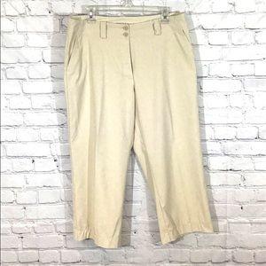 Nike Golf Women's Tan Capri Pant Size 12 Inseam 23